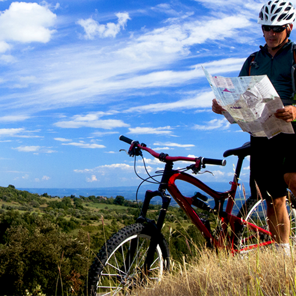 bike tour routes in tuscany